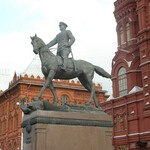Russia-Moscow-Georgy_Zhukov_Monument-min.jpg